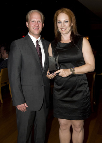 Rick Smetanka, CPA, Partner-in-Charge, Audit & Business Advisory Group, Haskell & White LLP, presented the 2012 Achievement Award for Outstanding Arts Organization to Jennifer Backhaus, Artistic Director of Backhausdance.