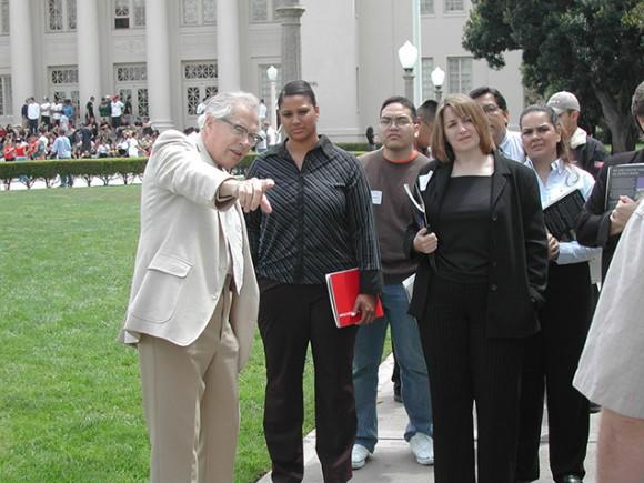Professor Emeritus Jim Miller leads a campus tour in 2004.
