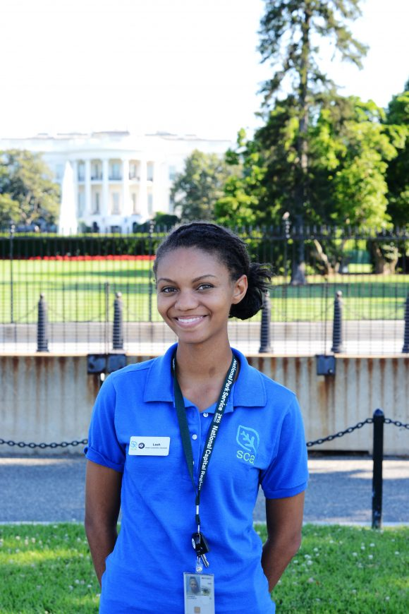 leah-white-house-vertical