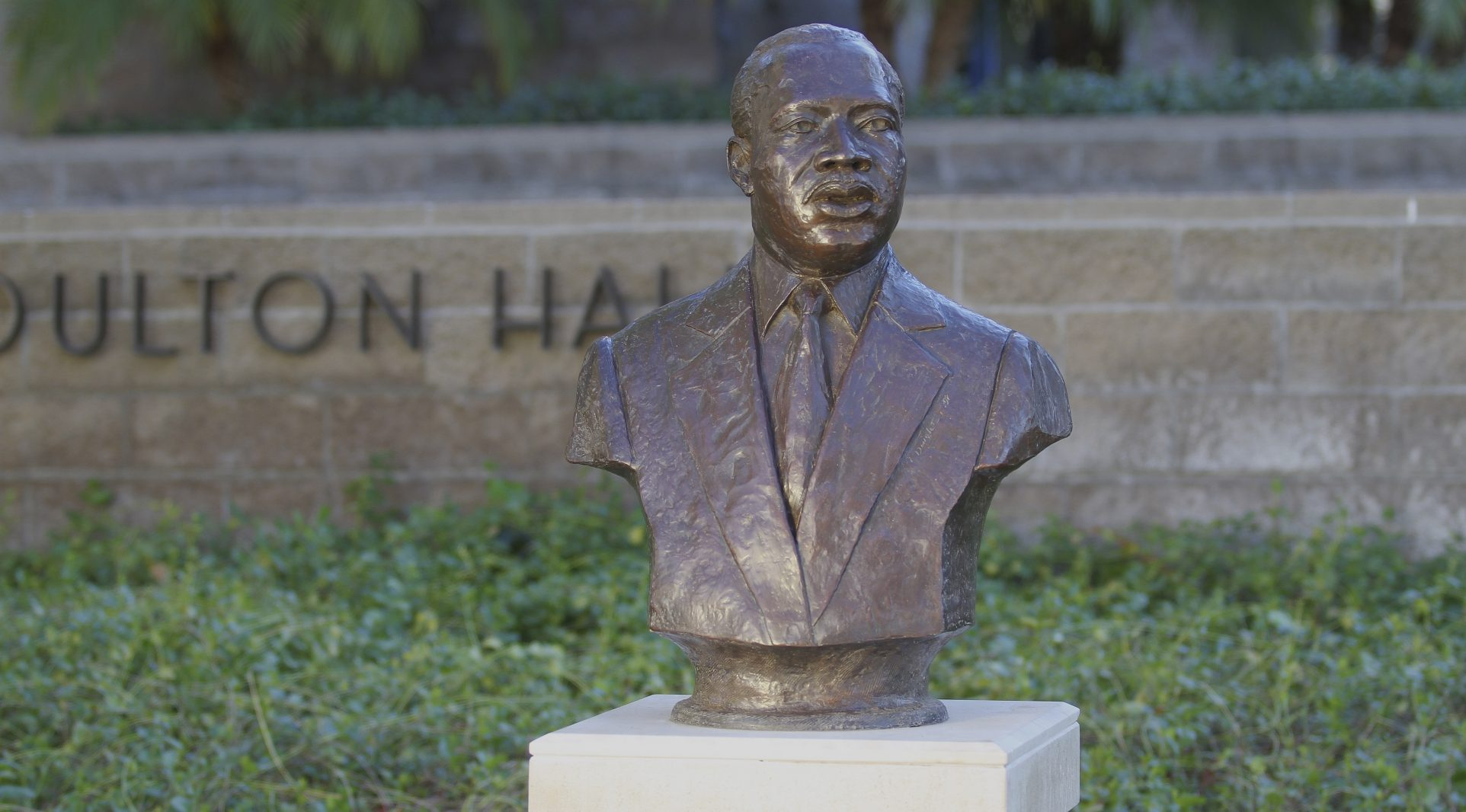 Bust of Martin Luther King Jr. on the Chapman University campus.