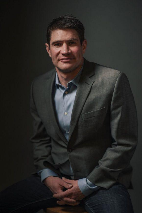 Business headshot of Paul Churchill '05