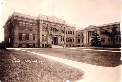 Orange Union HS in 1915.