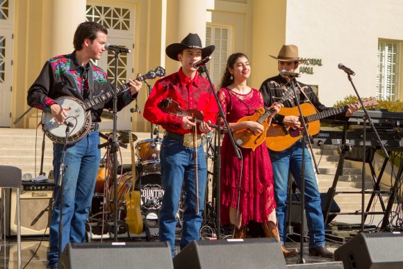 Country band performs at the Bert C Williams Mall
