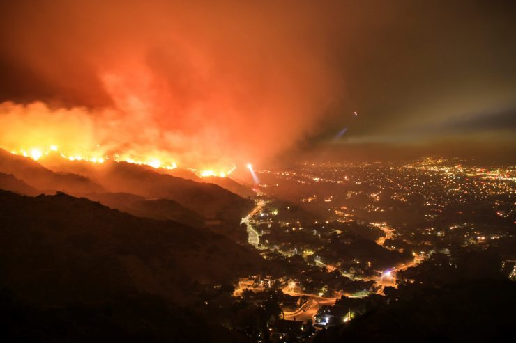 Wild fire in California hills