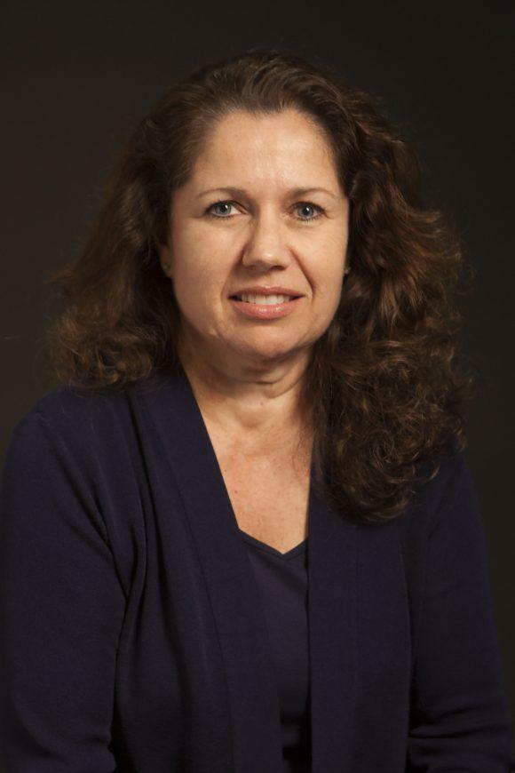 Chapman Presidential Scholar Lori Cox Han