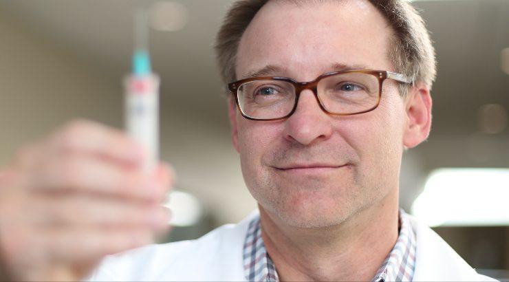 Pharmacy Professor Jeff Goad