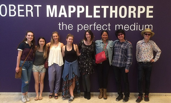 Chapman students at the Getty's Mapplethorpe exhibition